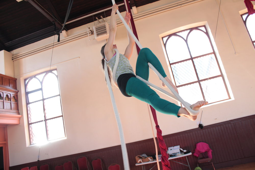 Aerial Rope - SATURDAYS10 - 11.30amNEXT COURSE:Sept 16th - Oct 21st(5 weeks: no class Oct 6th)Research & Ideas Studio, Cabra.CLICK TO BOOK.
