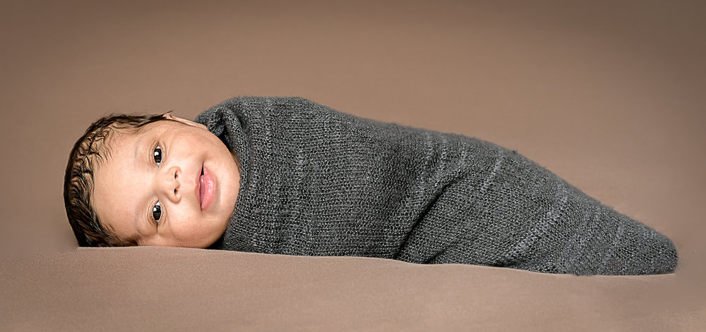 Newborn photographer josef epic images photography evansville in