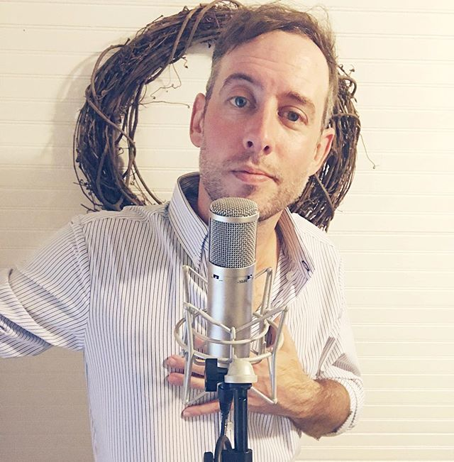May I present to you, our new CM48FET. Three glorious patterns. Smooth, balanced, unmistakable vintage tone and clarity. A perfect balance between a U47 and U48 FET, this mic does it all. Lemme get doze vox up in dis. Mic by Advanced Audio. Shirt by @mizzenandmain