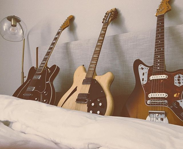 "Say good morning to the new kids in town. Come ""put the fingers to"" our lovely '94 Japanese Jaguar, '98 ""tuxedo"" Rick 360/12, and the brand new reissued Coronado II. Hand-selected for maximum goodness. #fender #fenderjaguar #recordingstudio #recording #guitars #rickenbacker #dentonmusic"