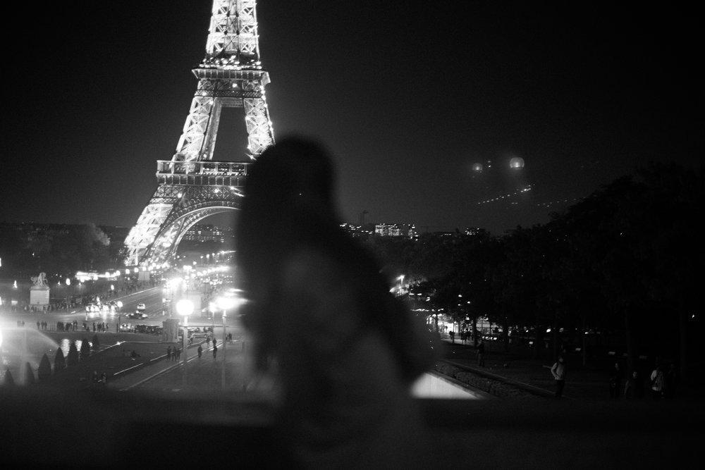 Blurry Eiffel-7910.jpg