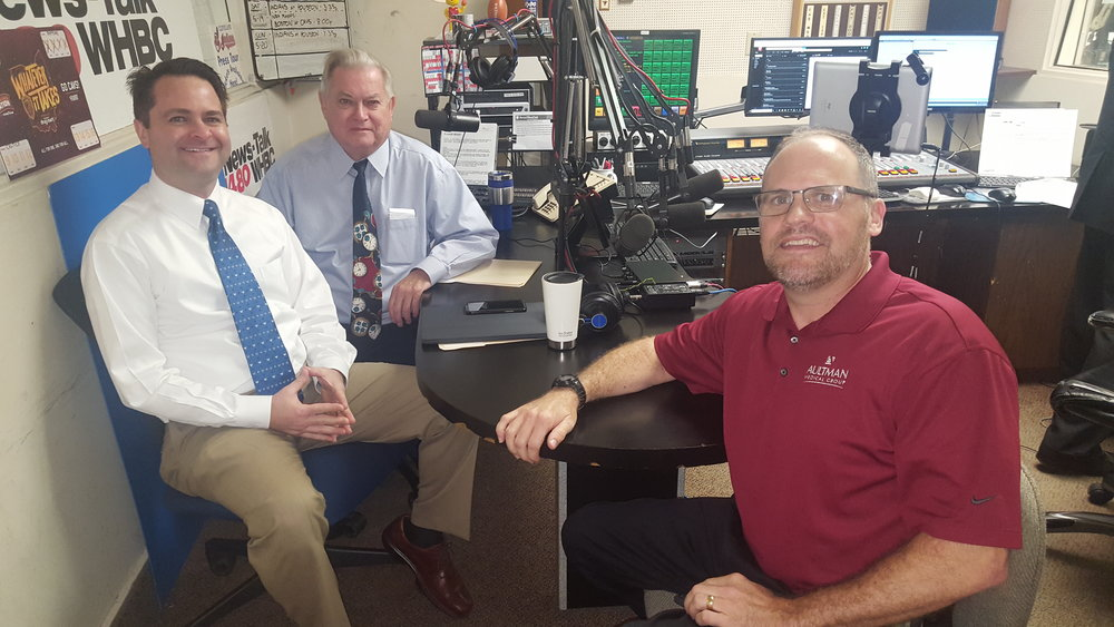 L-R: Health Matters hosts and pharmacists, Brad White and Paul White discuss robotic surgery with Dr. Steven Kelly, general surgeon, Aultman Medical Group General Surgery.