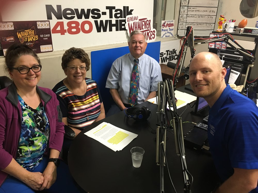 Mercy Medical Center respiratory therapists, Mary Duffield (left) and Dustin Shetler (right) discuss e-cigs, vaping and pulmonary effects with Medicine Center Pharmacy's Nancy Wharmby and Paul White.