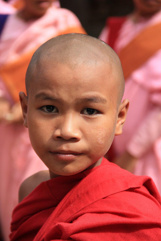 myanmar-1068571_1920.jpg