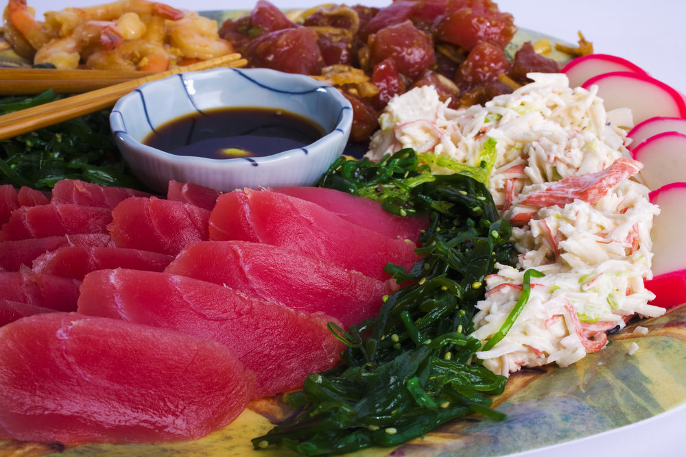 Hawaiian appetizer plate (Polynesian pups)