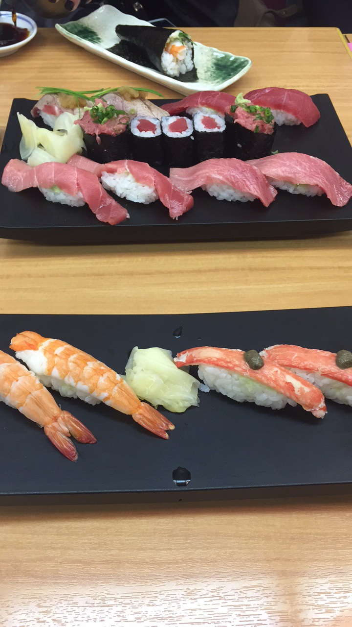 Sushi at Fish Market.JPG