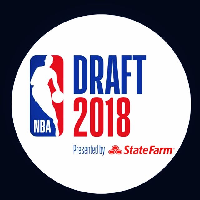 Suns on the clock...who ya got?!? #nbadraft2018 #1stpickoverall #thetomboibrunch #becauseladieslovesportstoo #sportsentertainmentandmimosas #realityradio #nbadraftday @nba @espn