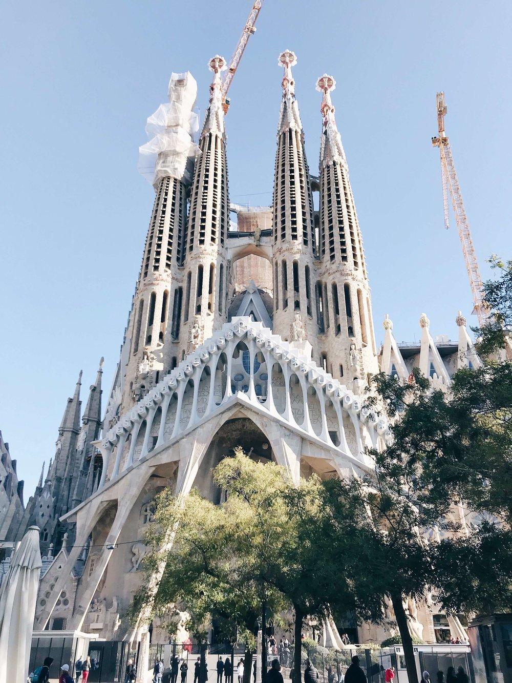 barcelona-sagrada-familia-1.jpg