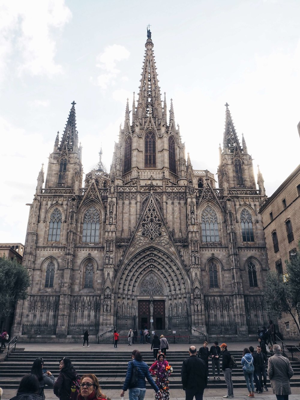 barcelona-spain-cathedral-1.jpg