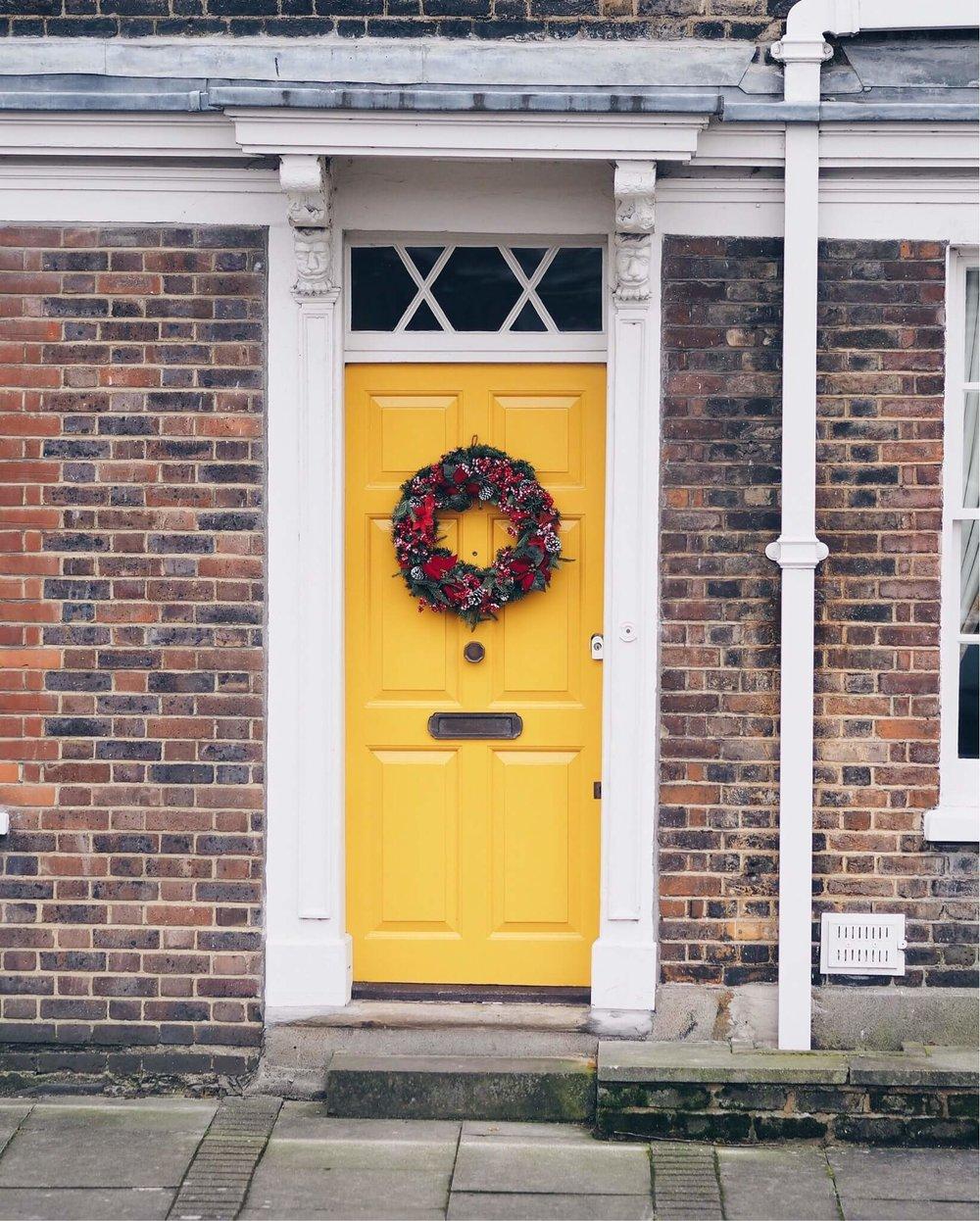 Travel Visit London Christmas Door
