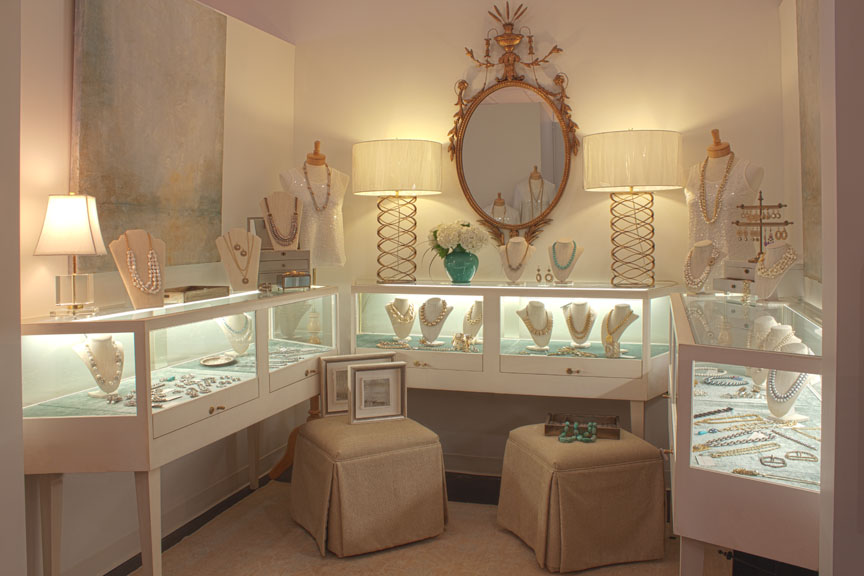 Amanda Thompson Design retail boutique located at Alexander Scott in the heart of historic Myers Park, Charlotte, NC