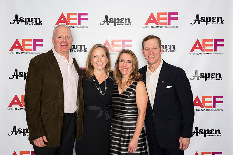 170114_aef_steprepeat_099.jpg