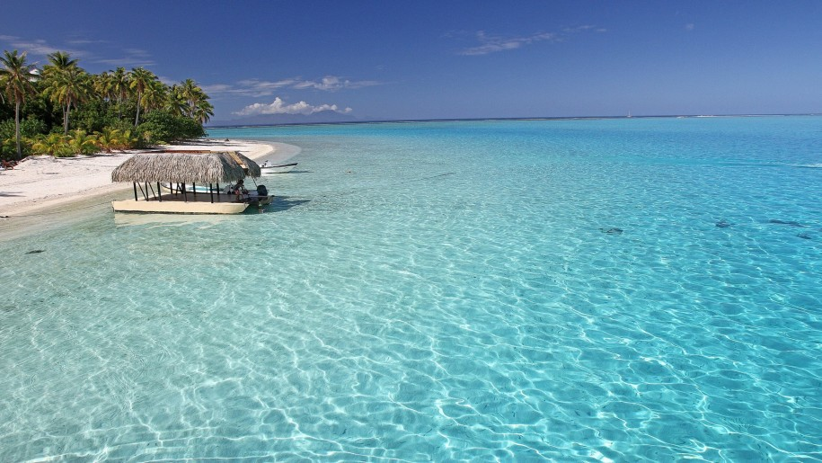 Perfect-aqua-blue-sea-off-bora-bora-tropical-paradise-isl-tahiti-desktop-background-492106-915x515.jpg