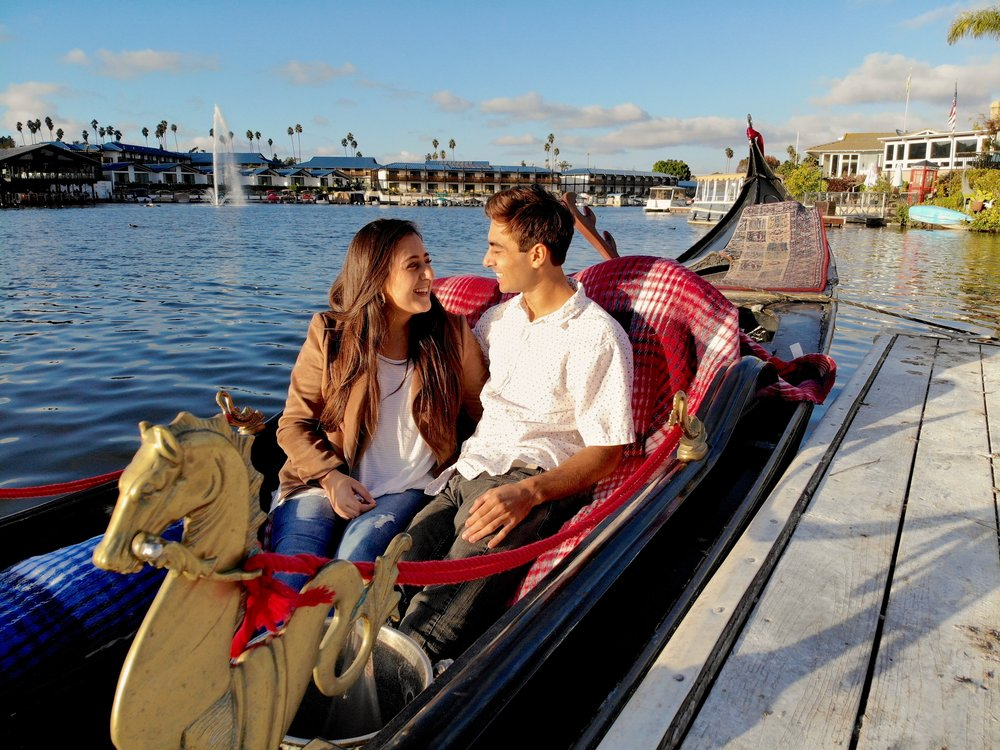 Relax and take in the peaceful scenery as your gondolier paddles you around Lake San Marcos on this one hour cruise! - Message in a bottle included. Add-ons are available to enrich your gondola experience with Black Swan Gondola Company!