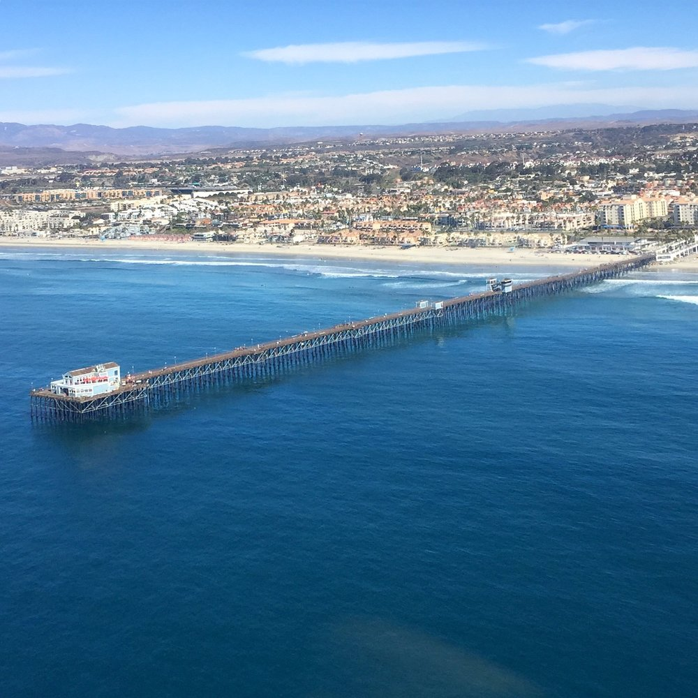 Enjoy a quick scenic flight along the Oceanside coastline before heading east to Temecula Wine Country! -