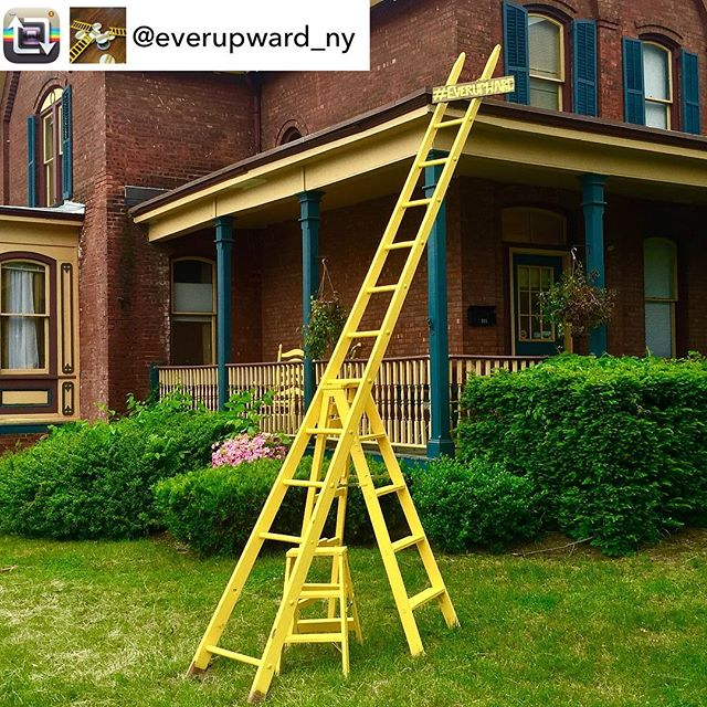 @votepatstrong is #INTOyellow thanks to this beautiful @everupward_ny sculpture at her campaign headquarters! #optimism #optimisminaction