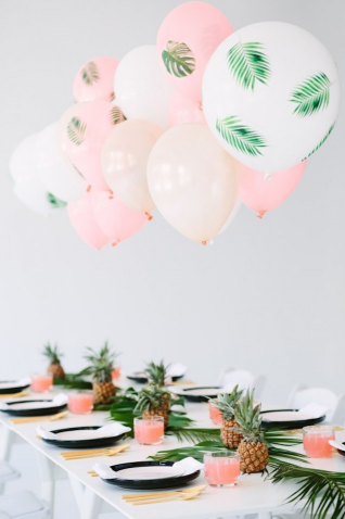 I would have a party like this every year for my birthday- it's so cute!  See lovemaegan.com's  awesome breakdown of how to make the balloons as well!