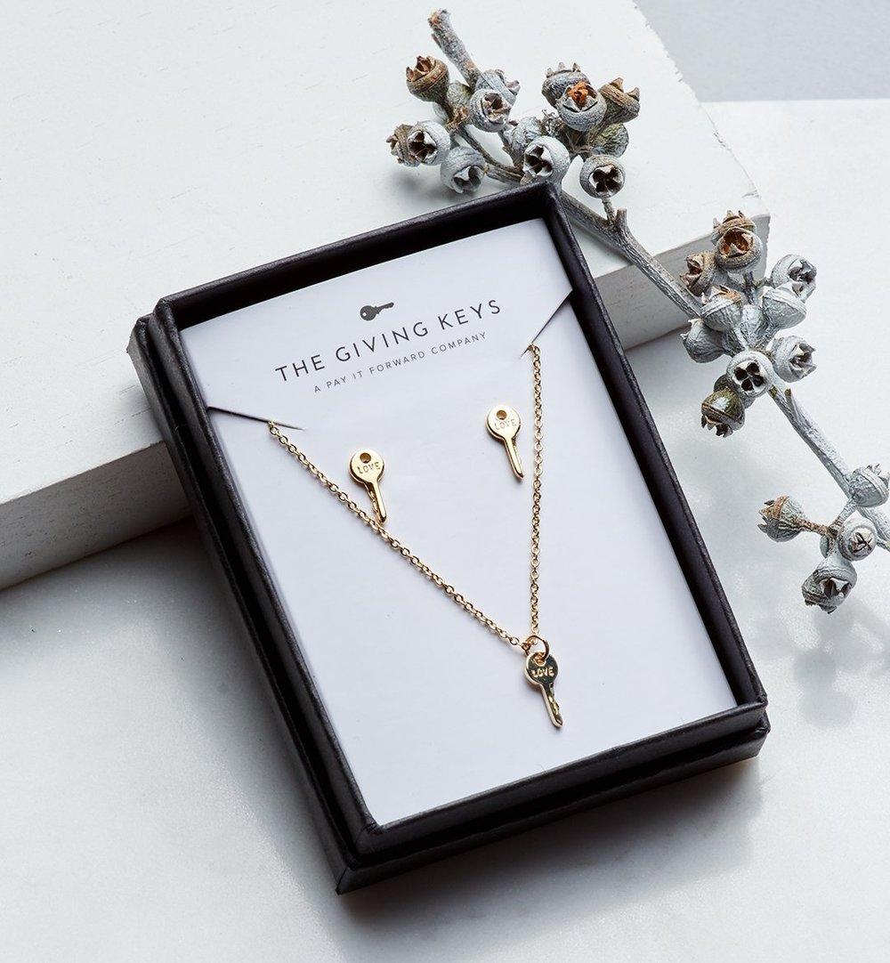 https://www.thegivingkeys.com/collections/earrings/products/mini-key-gift-set?variant=39433589777 Mini Key Gift Set $75.00