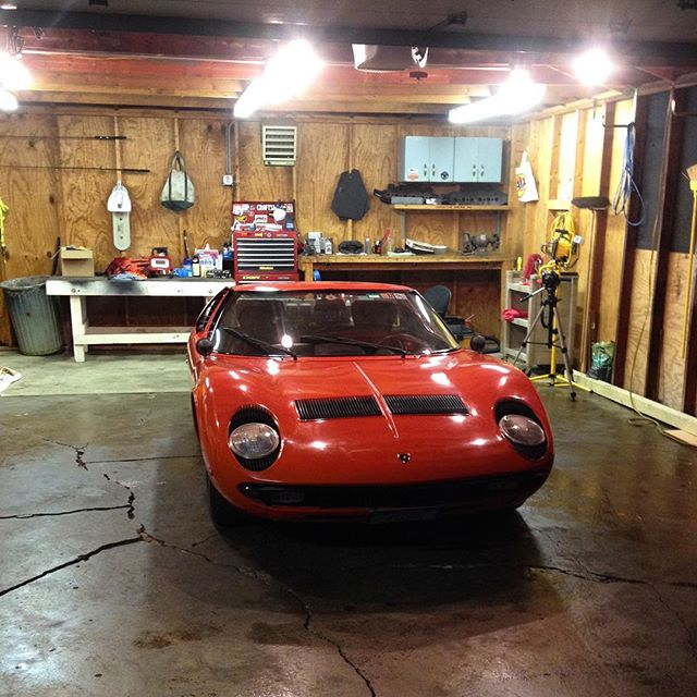 sometimes we'd just stare at each other in the garage #lamborghini #miura #p400 #barnfind #barnfindmiura #vintage #original #summernights #whencarswerecars