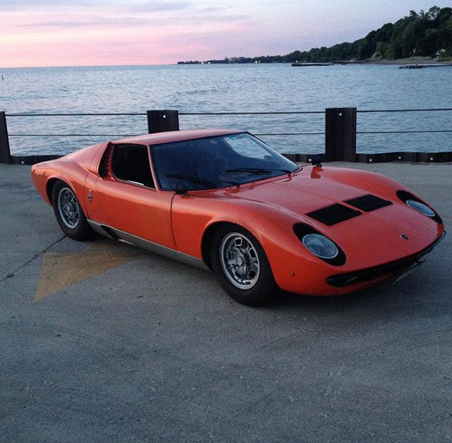 cheers to summer drives to the beach . . . . . #lamborghini #miura #p400 #classiccars #vintagecar #original #whencarswerecars #barnfindmiura #getitrunning