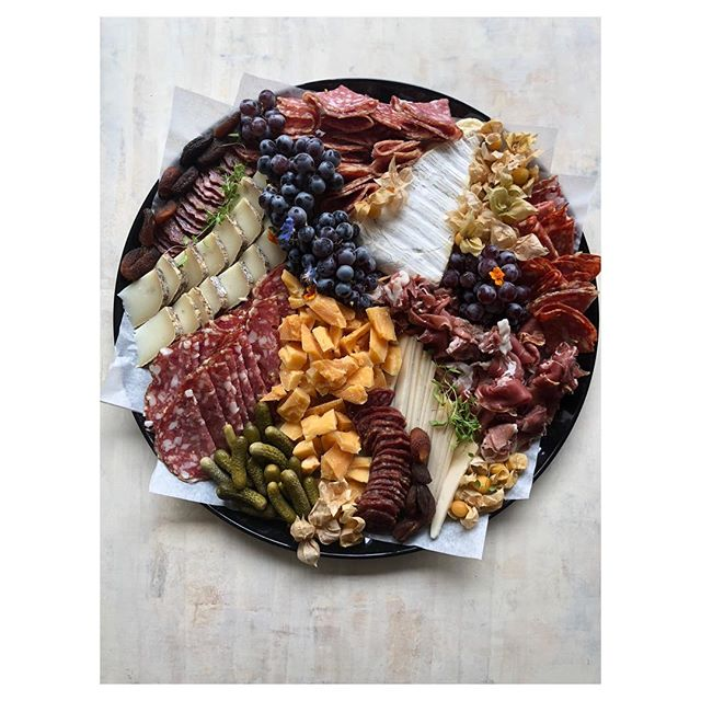 May your weekend be filled with meat, cheese, local fruit and friends. ••• #cheeseboard #mktcatering #mktdropoff #nyccaterer #brooklyncaterer #farmtotable #charcuterieboard #cheeseandcharcuterie