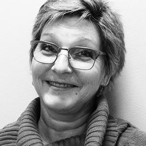 Linda Gagnon, Administrative assistant