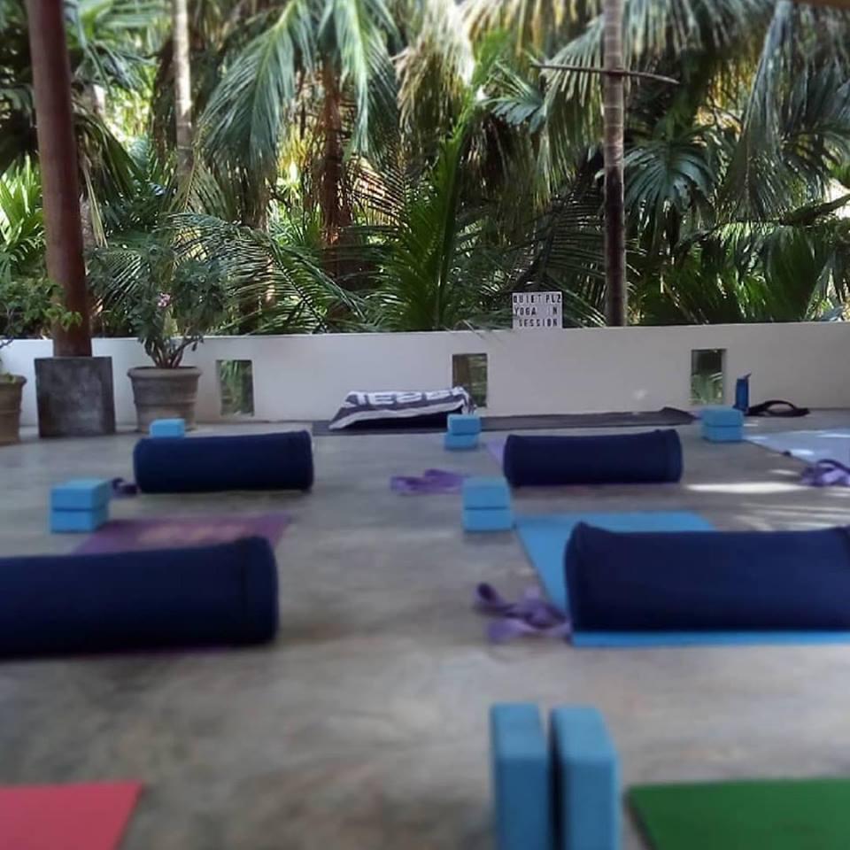 Sri Lanka Yoga 2.jpg