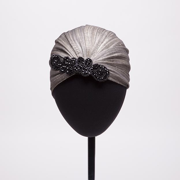 turbante-plata-negro-lostocadosdemarieta.jpg