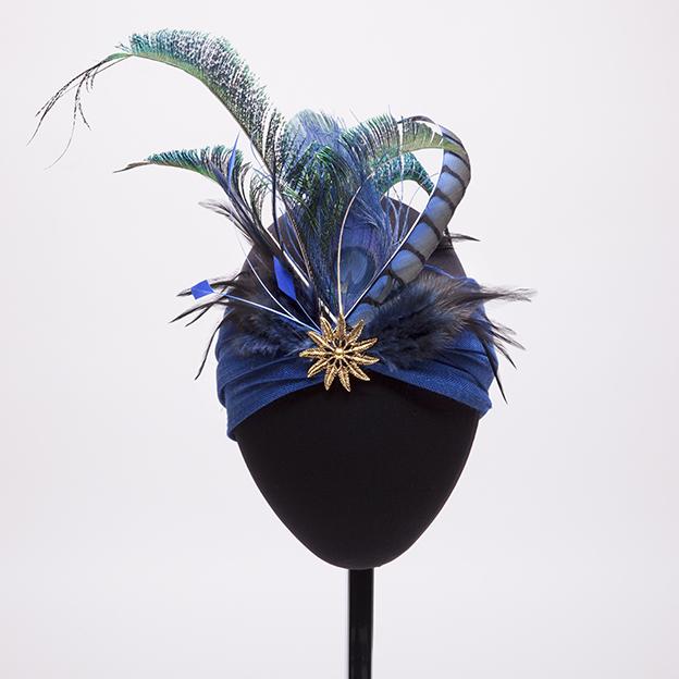 turbante-verde-azul-plumas-lostocadosdemarieta.jpg