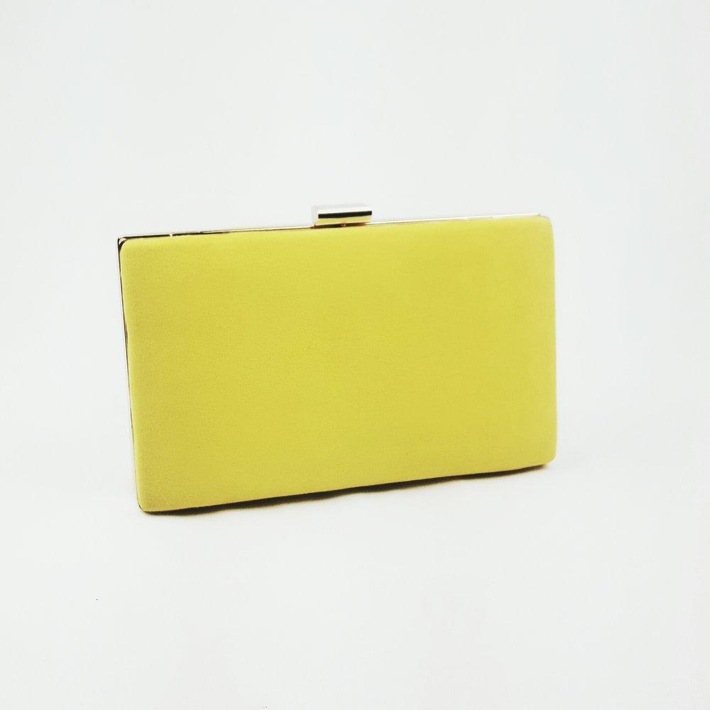 clutch-amarillo-lostocadpsdemarieta.jpeg