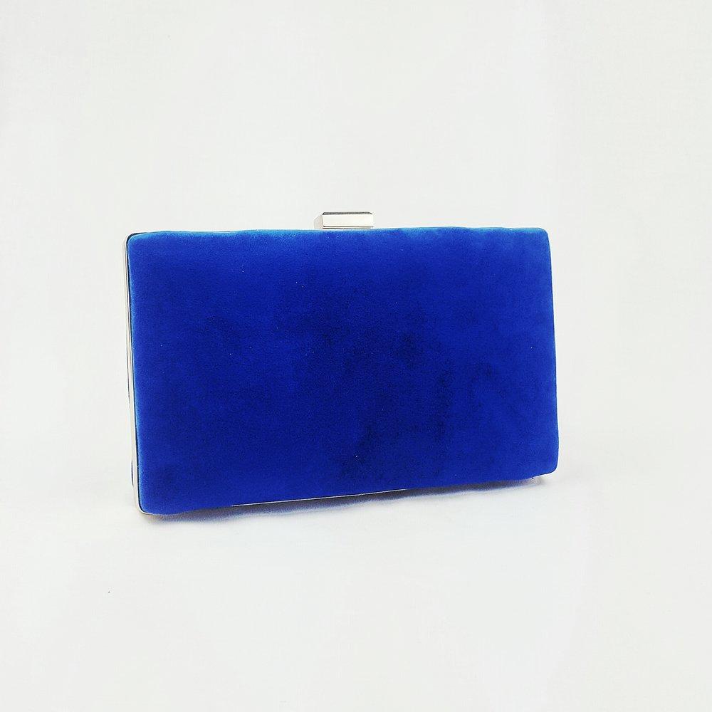 clutch-azul-klein-lostocadosdemarieta.jpeg
