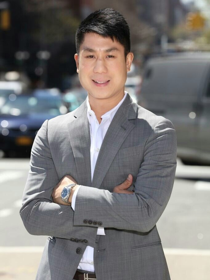 Ace Watansuparp - Born and raised in New York, and of Thai and Taiwanese ancestry, Watanasuparp became the first Asian-American in the University of Connecticut's history to walk- on to the prestigious men's basketball team- a go-getter from the start. In his early years, he worked with his family in their restaurant business, which entirely influenced Ace to become an avid investor in NYC real estate and restaurants himself. He now owns nine successful locations of his tasty eateries, Spot Dessert Bar and Obao. Crazy about up and coming technology, Ace is also an angel investor in two different tech startup companies. As the Vice President of Citizens Bank Residential Lending, Ace Watanasuparp has broken down barriers by expanding into new markets and capturing unprecedented market share in purchase financing, as well as refinancing. His esteemed reputation in the finance and real estate industry has allowed him to attract talented loan officers within the entire region. Prior, Ace took on the role of President of Douglas Elliman's lending arm, formerly known as DE Capital. There, he oversaw the states of New York , Connecticut, Florida, and California by working directly with Dottie Herman and Howard Lorber.