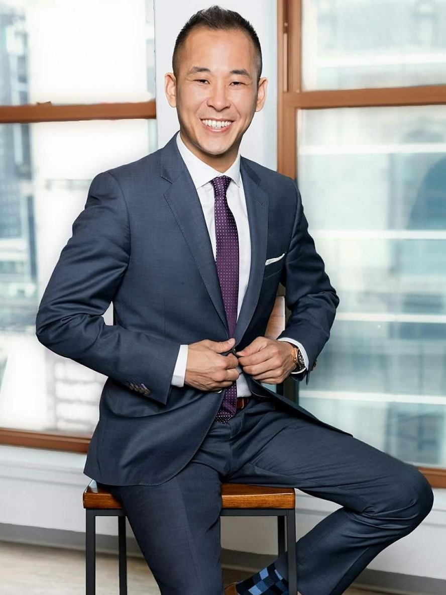 GieFaan Kim - GieFaan Kim started his career at Prudential Douglas Elliman with the Bracha Group where he worked as the Managing Director of the team and, as a Founding Member, aided the launch of the Keller Williams Manhattan Market Center in 2011. Some notable projects GieFaan has worked on include Loft14 and Number5Condos. At Triplemint, GieFaan is co-founder of the Ampersand Team, specializing in investment sales and new development, and working closely with investors, developers, home-sellers, and home-buyers alike. A group of seasoned professionals with an uncanny knowledge of the market, the team focuses on providing exceptional service with a vested interest for their clients.