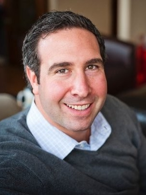 Russell Putterman - Russell started Focus Real Estate Group (FOCUS) in 2010 and merged with Keller Williams in 2014. The move to Keller Williams allows Focus to expand its service, utilizing a global platform while maintaining a boutique experience for its clients. Prior to founding FOCUS, Russell was The Director of Acquisitions at SAXA, Inc., a national real estate development company. His efforts were heavily focused on residential marketing and sales, project management, relationship management, negotiation, financial modeling and due diligence. Prior to joining SAXA he was the Director of Sales at a boutique, full service brokerage - The Ques … t Group, where he successfully managed a team of real estate professionals and handled the day-to-day operations of the brokerage division. Russell has completed over $500 million in transactions covering sales of apartments, buildings, land, office & retail leases.