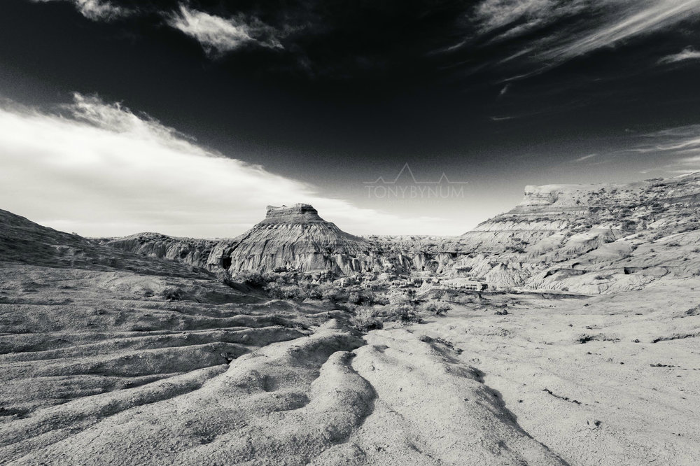 Chromatic Montana Prairie Landscape Badlands