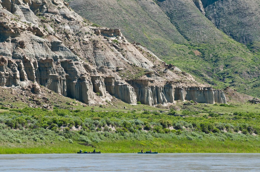 Canoeing down the Upper Missouri River Breaks National Monument. © Tony Bynum