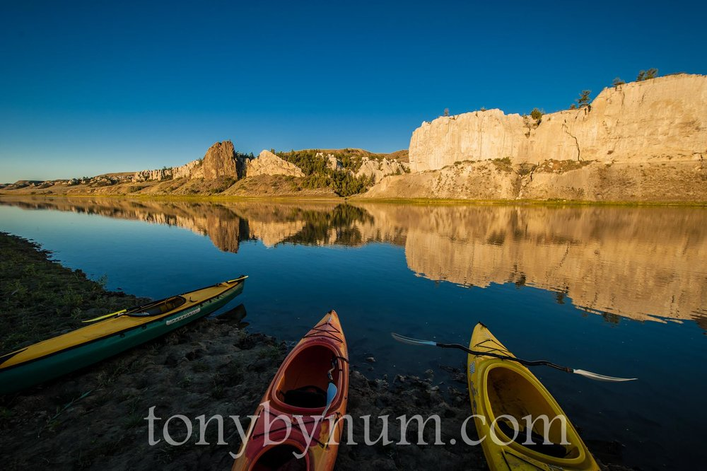 Camping at the White Cliffs area of the Upper Missouri River Breaks National Monument. © Tony Bynum