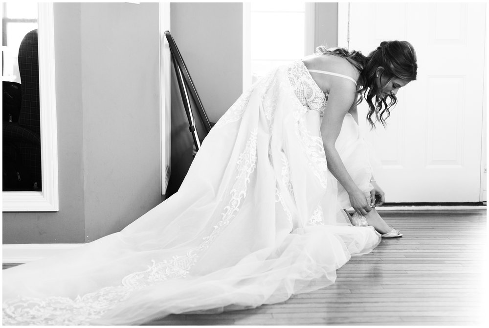 RebeccaHaleyPhotography_CuneoMansionWedding_CuneoMansion_CuneoMansionVernonHills_ChicagoBride_Chicagoweddingphotographer_denverweddingphotographer_coloradoweddingphotographer_coloradobride_0009.jpg