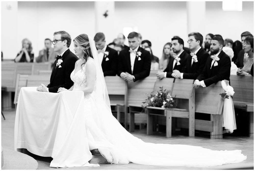RebeccaHaleyPhotography_CuneoMansionWedding_CuneoMansion_CuneoMansionVernonHills_ChicagoBride_Chicagoweddingphotographer_denverweddingphotographer_coloradoweddingphotographer_coloradobride_0023.jpg
