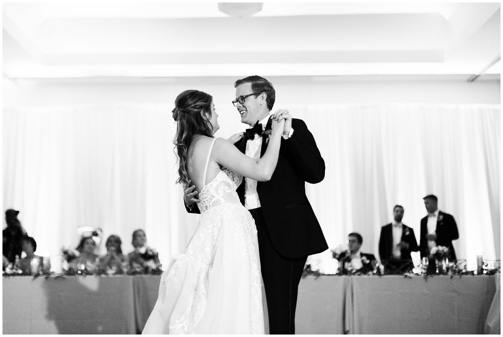 RebeccaHaleyPhotography_CuneoMansionWedding_CuneoMansion_CuneoMansionVernonHills_ChicagoBride_Chicagoweddingphotographer_denverweddingphotographer_coloradoweddingphotographer_coloradobride_0072.jpg