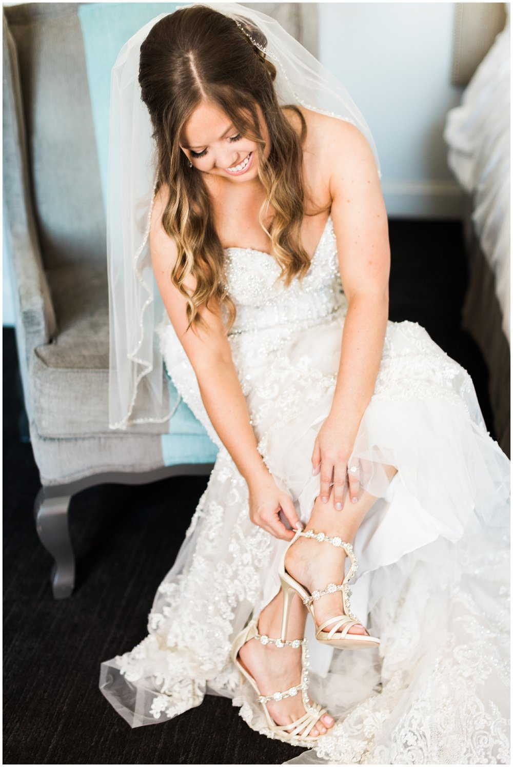 RebeccaHaleyPhotography_Denverweddingphotographer_Denverbride_coloradobride_chicagobride_chicagowedding_chicagoweddingphotographer_chicagowedding_chicagoplanetariumwedding_adlerplanetariumwedding__0009.jpg
