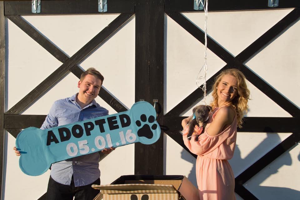 pareja-presento-perro-adoptado-en-10-fotos 2.jpg