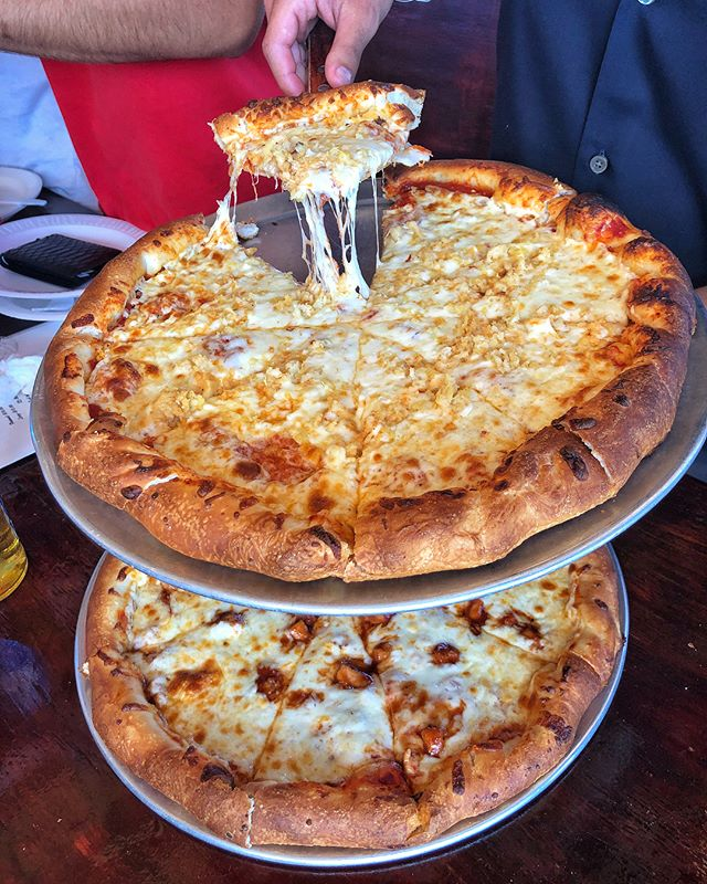 Coming back to this NYC rain has us thinking about being back in The Bahamas, obviously. 😫 Here's another look at the delicious Conch & BBQ Chicken Pizzas from Edith's Pizza in #Bimini! 🍕 Swipe to see some Conch Fritters & more good times during our day trip into town! 🙌🏼 #DEVOURPOWER #DEVOURPOWERBimini #BiminiBliss