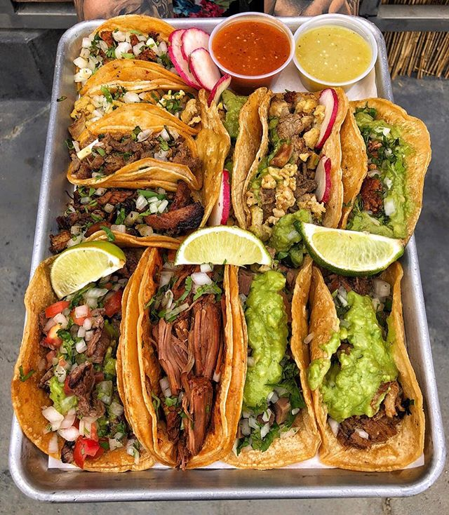 Oh yeah, it's #TacoTuesday! 🌮😎🌮 #DEVOURPOWER 📷📍: @palapastacosdtf