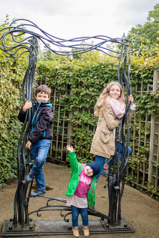 Hampton Court Maze - Simple Family Travel