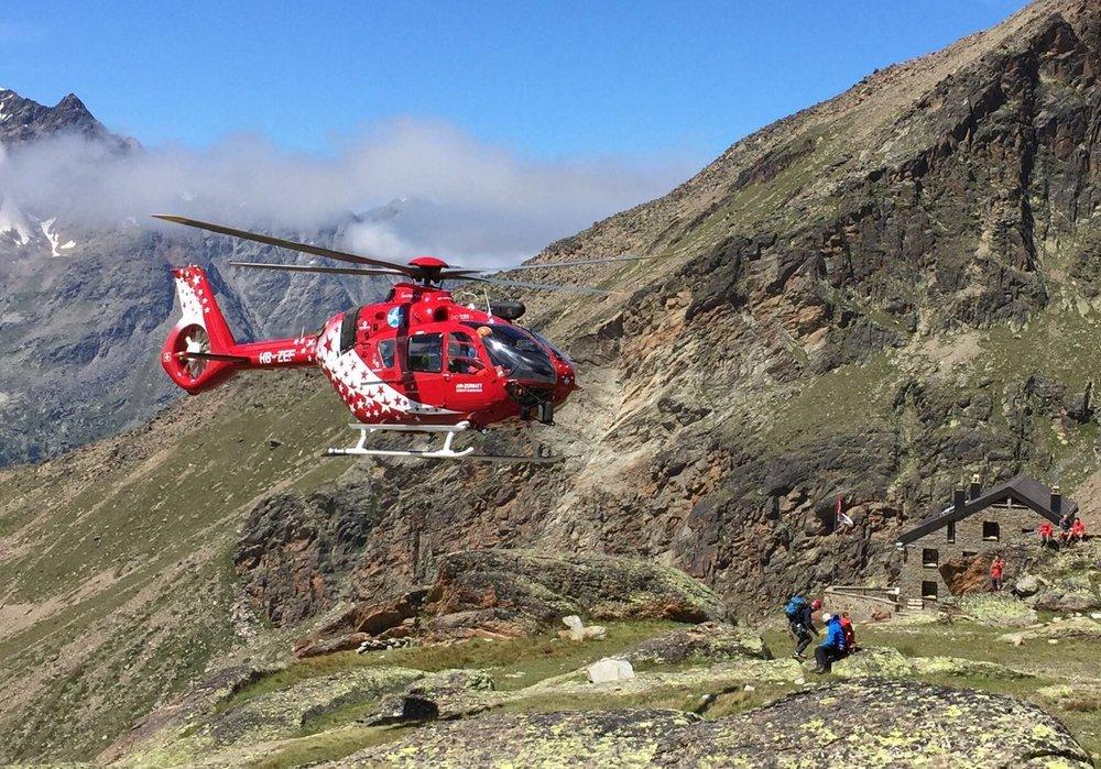 Simple Family Travel - Air Zermatt Rescue