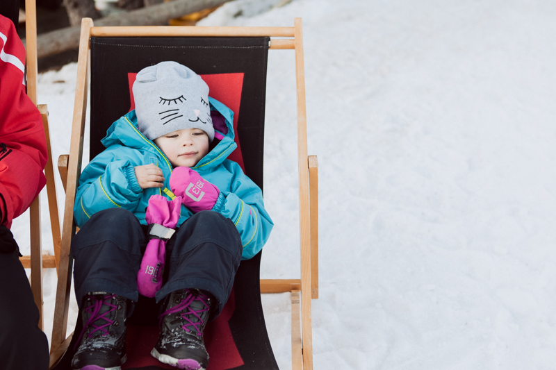 What to wear skiing with kids