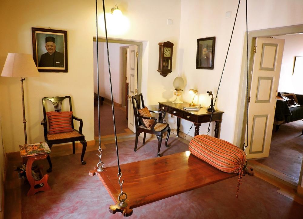 Enter through the hitchka (swing) room