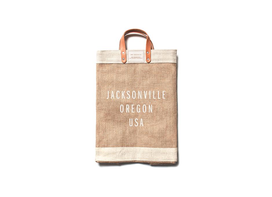 Jacksonville_MarketBag_Natural_Detail_Label_MockUp.jpg