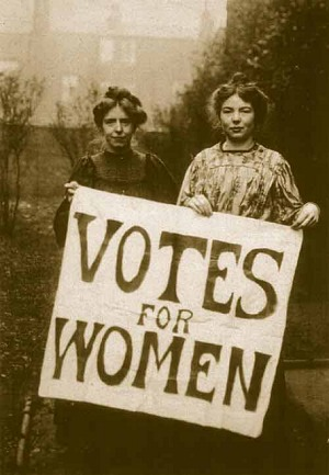 Annie_Kenney_and_Christabel_Pankhurst.jpg
